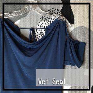 WET SEAL • Tied Neck - Peak-a-boo Shouldered Top